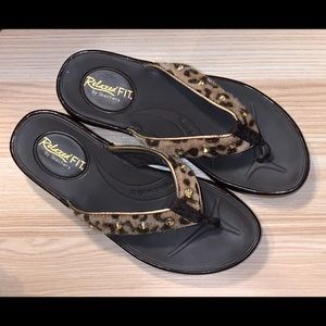 Sketchers Relaxed Fit Sandals.